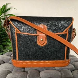 Dooney & Bourke Bags - Vtg. Dooney & Bourke Black Tan Crossbody AWL EUC